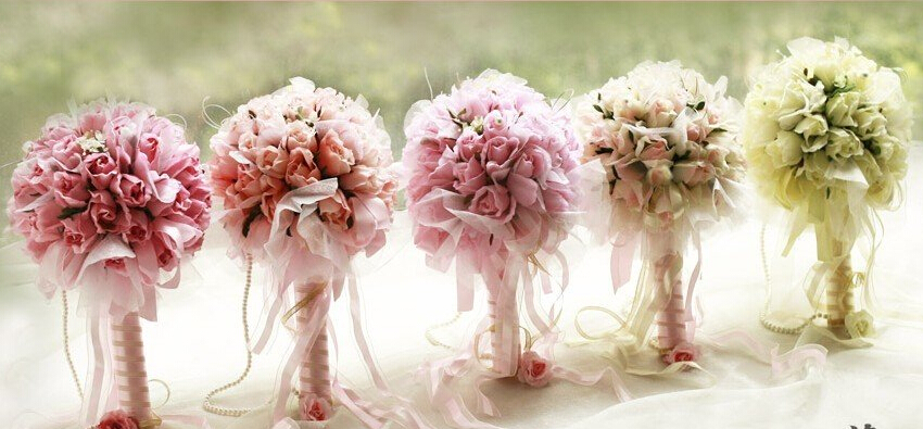 Should You Choose Silk Flowers For Your Grand Wedding Day